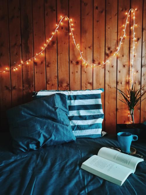 Angolo lettura in camera da letto