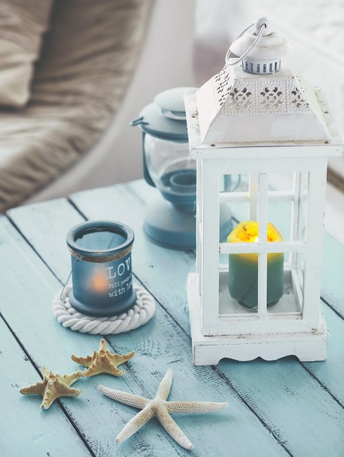 Arredare in stile marinaro con le lanterne