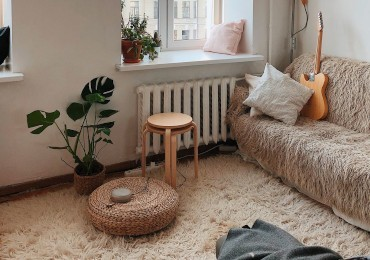 How to create a relaxation corner at home: ideas for large and small homes