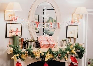 So schmücken Sie den Kamin zu Weihnachten! Unsere Inspirationen